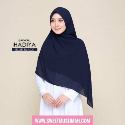 MS19 03 Hadiya - Blue Black