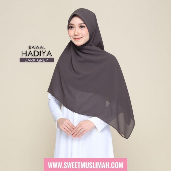 MS19 08 Hadiya - Dark Grey