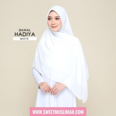 MS19 45 Hadiya - White